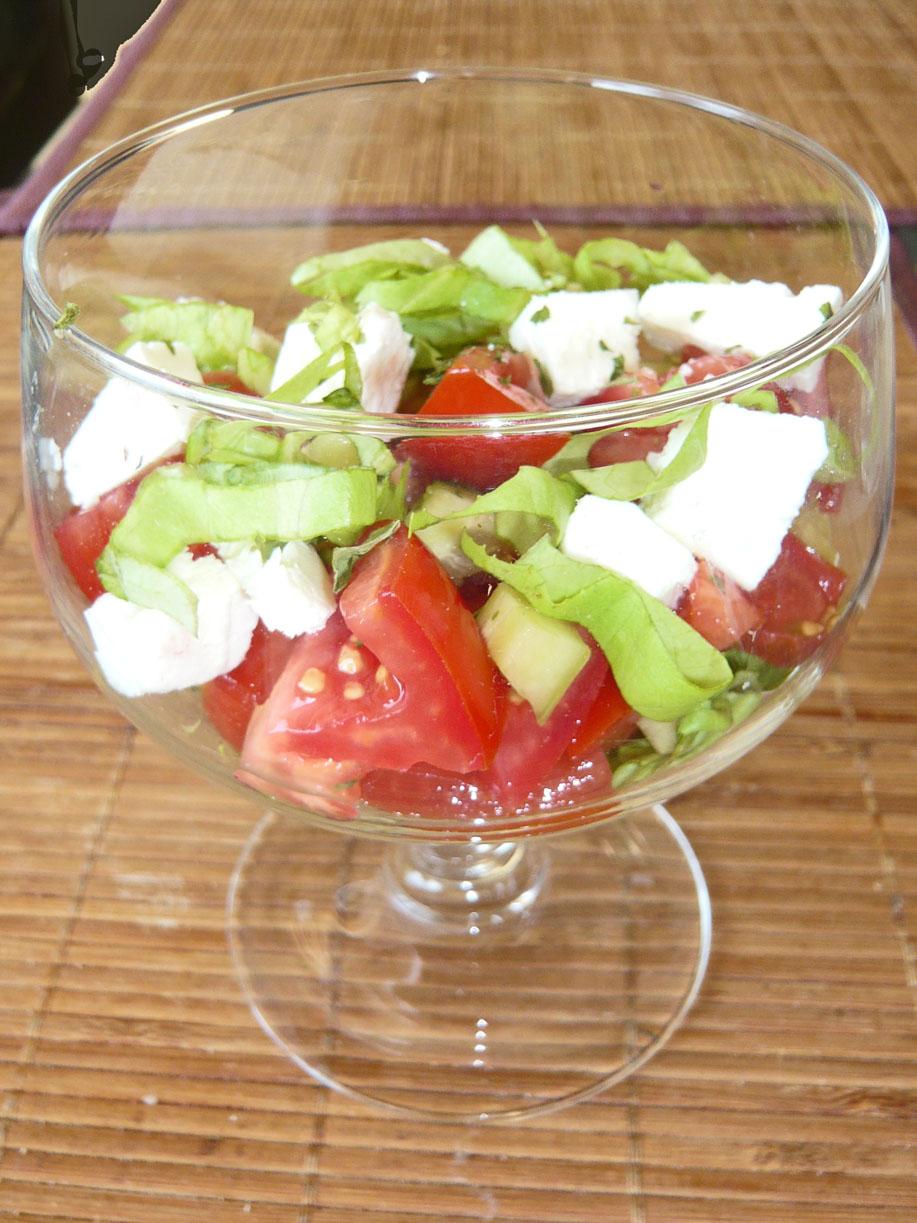 salade tomates feta en verre recettes light. Black Bedroom Furniture Sets. Home Design Ideas